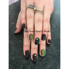 nails13.jpg